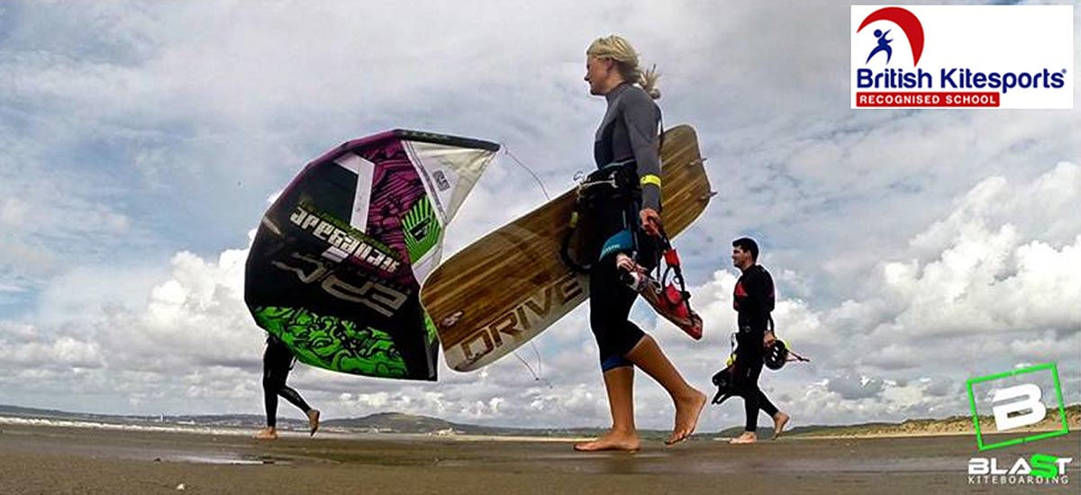 Book your kitesurfing lesson now...